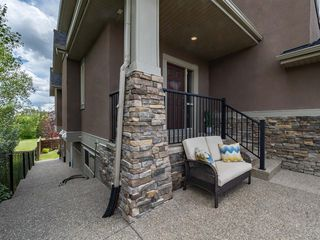 Photo 3: 72 ASPEN SUMMIT Drive SW in Calgary: Aspen Woods Detached for sale : MLS®# A1014381