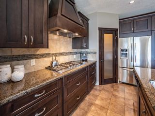 Photo 13: 72 ASPEN SUMMIT Drive SW in Calgary: Aspen Woods Detached for sale : MLS®# A1014381