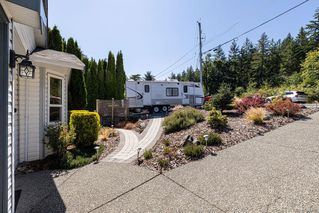 Photo 2: 800 Drummond Way in Colwood: Co Triangle House for sale : MLS®# 844888