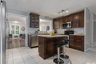 Photo 6: 26 Columbia Drive in Saskatoon: River Heights SA Residential for sale : MLS®# SK823644