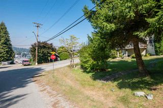 "Photo 11: 366 HEADLANDS Road in Gibsons: Gibsons & Area House for sale in ""Gibsons - Bay Area"" (Sunshine Coast)  : MLS®# R2494755"
