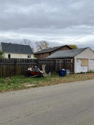 Photo 10: 10821 112 Street NW in Edmonton: Zone 08 House for sale : MLS®# E4217420