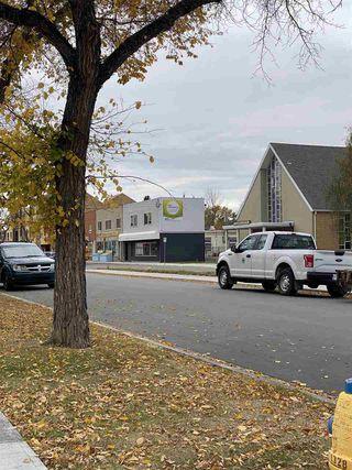 Photo 6: 10821 112 Street NW in Edmonton: Zone 08 House for sale : MLS®# E4217420