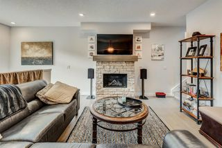 Photo 3: 603 102 Stewart Creek Rise: Canmore Row/Townhouse for sale : MLS®# A1041659