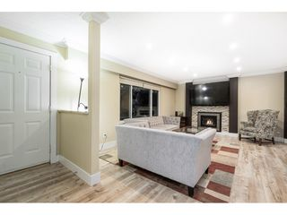 Photo 3: 3228 CEDAR Drive in Port Coquitlam: Lincoln Park PQ House for sale : MLS®# R2526313