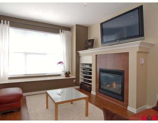 """Photo 4: 4 20460 66TH Avenue in Langley: Willoughby Heights Townhouse for sale in """"Willow Edge"""" : MLS®# F2808109"""