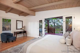 Photo 14: BAY PARK House for sale : 4 bedrooms : 4944 Lillian Street in San Diego