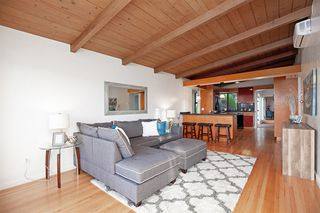 Photo 7: BAY PARK House for sale : 4 bedrooms : 4944 Lillian Street in San Diego