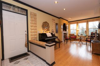 """Photo 2: 8 35287 OLD YALE Road in Abbotsford: Abbotsford East Townhouse for sale in """"The Falls"""" : MLS®# R2423306"""