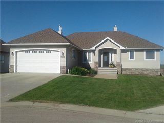Photo 1: 5333 Drader Crescent in Rimbey: RY Rimbey Residential for sale (Ponoka County)  : MLS®# CA0190352