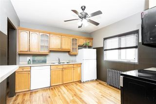 Photo 3: 793 Garfield Street in Winnipeg: Sargent Park Residential for sale (5C)  : MLS®# 202006282