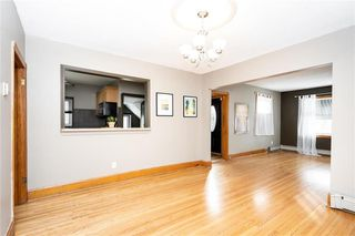 Photo 7: 793 Garfield Street in Winnipeg: Sargent Park Residential for sale (5C)  : MLS®# 202006282