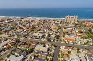 Photo 6: PACIFIC BEACH Condo for sale : 1 bedrooms : 911 Missouri St #7 in San Diego