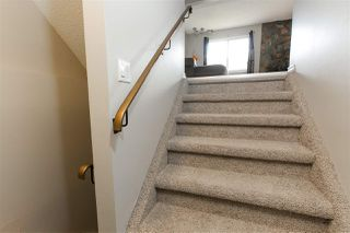 Photo 2: 536 Willow Court in Edmonton: Zone 20 Townhouse for sale : MLS®# E4195268