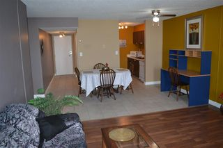 Photo 10: 140 8735 165 Street in Edmonton: Zone 22 Condo for sale : MLS®# E4202442