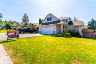 "Photo 2: 5530 HIGHROAD Crescent in Chilliwack: Promontory House for sale in ""PROMONTORY"" (Sardis)  : MLS®# R2477701"