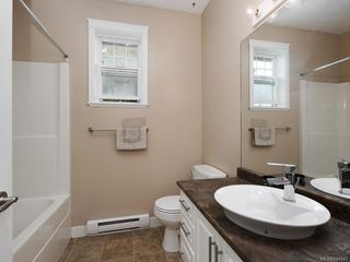 Photo 11: 949 Glen Willow Pl in Langford: La Glen Lake House for sale : MLS®# 844943