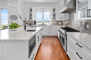 Photo 17: 301 Kenning Crt in Colwood: Co Royal Bay House for sale : MLS®# 840200