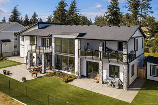 Photo 48: 301 Kenning Crt in Colwood: Co Royal Bay House for sale : MLS®# 840200