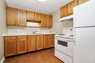 """Photo 8: 108 45900 LEWIS Avenue in Chilliwack: Chilliwack N Yale-Well Condo for sale in """"Lewis Square"""" : MLS®# R2480065"""