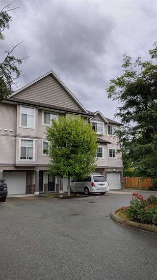 "Photo 1: 13 9140 HAZEL Street in Chilliwack: Chilliwack E Young-Yale Townhouse for sale in ""Eversfield Lane"" : MLS®# R2491244"