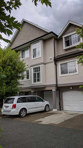 "Photo 2: 13 9140 HAZEL Street in Chilliwack: Chilliwack E Young-Yale Townhouse for sale in ""Eversfield Lane"" : MLS®# R2491244"