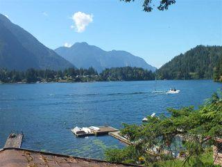 Photo 2: 66757 KAWKAWA LAKE Road in Hope: Hope Kawkawa Lake House for sale : MLS®# R2491053