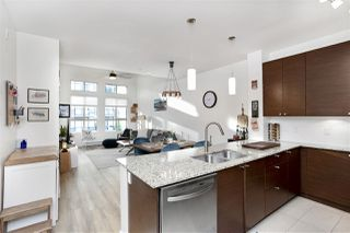 Photo 7: 419 101 MORRISSEY Road in Port Moody: Port Moody Centre Condo for sale : MLS®# R2492199