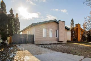 Main Photo: 123 Weitzel Street in Winnipeg: Tyndall Park Residential for sale (4J)  : MLS®# 202028048