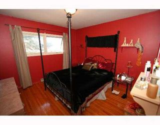 Photo 4:  in CALGARY: Glenbrook Residential Detached Single Family for sale (Calgary)  : MLS®# C3254776