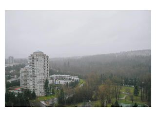 "Photo 9: # 2204 3970 CARRIGAN CT in Burnaby: Government Road Condo for sale in ""DISCOVER PLACE"" (Burnaby North)  : MLS®# V861085"