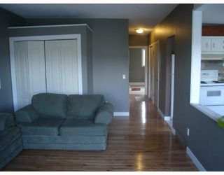 Photo 6:  in CALGARY: Forest Lawn Residential Attached for sale (Calgary)  : MLS®# C3275557