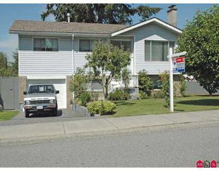 """Photo 1: 15055 CANARY Drive in Surrey: Bolivar Heights House for sale in """"BIRDLAND"""" (North Surrey)  : MLS®# F2721018"""