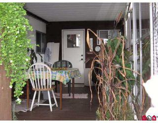 """Photo 2: 22 2035 MARTENS Street in Abbotsford: Poplar Manufactured Home for sale in """"Maplewood Estates"""" : MLS®# F2727186"""