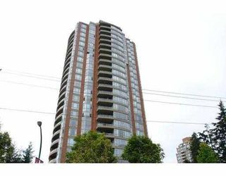 """Photo 1: 703 6888 STATION HILL Drive in Burnaby: South Slope Condo for sale in """"CITY IN THE PARK"""" (Burnaby South)  : MLS®# V689025"""