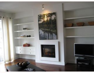 "Photo 2: 410 1275 HAMILTON Street in Vancouver: Downtown VW Condo for sale in ""ALDA"" (Vancouver West)  : MLS®# V694571"