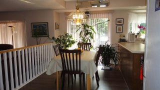 Photo 9: 1422 104 Street NW in Edmonton: Zone 16 House for sale : MLS®# E4168325