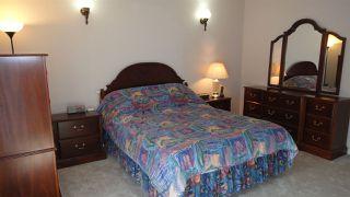 Photo 14: 1422 104 Street NW in Edmonton: Zone 16 House for sale : MLS®# E4168325