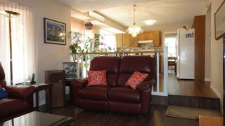 Photo 7: 1422 104 Street NW in Edmonton: Zone 16 House for sale : MLS®# E4168325