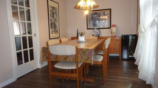 Photo 4: 1422 104 Street NW in Edmonton: Zone 16 House for sale : MLS®# E4168325