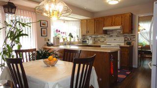 Photo 8: 1422 104 Street NW in Edmonton: Zone 16 House for sale : MLS®# E4168325
