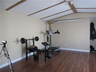 Photo 3: 29 Westmount Drive: Cayley Detached for sale : MLS®# C4271667