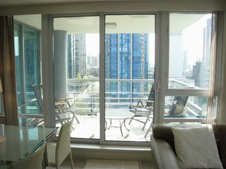 Photo 6: 1404 499 BROUGHTON STREET in DENIA @ Waterfront Place: Home for sale