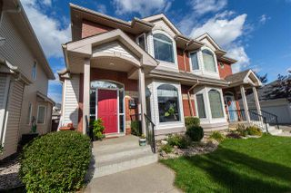Photo 1: 9112 100B Avenue in Edmonton: Zone 13 House Half Duplex for sale : MLS®# E4183648