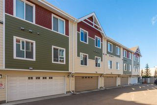 Photo 6: 53 2003 Rabbit Hill Road in Edmonton: Zone 14 Townhouse for sale : MLS®# E4184063
