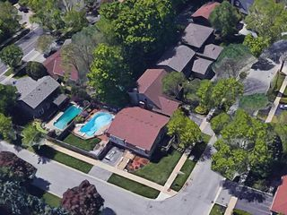 Photo 2: 2166 Longshire Drive in Burlington: Brant Hills House (Bungalow-Raised) for sale : MLS®# W4731080