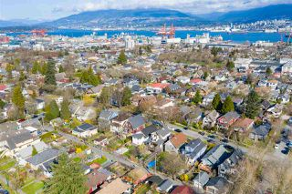 "Photo 20: 2142 NAPIER Street in Vancouver: Grandview Woodland House for sale in ""Grandview Woodland"" (Vancouver East)  : MLS®# R2450268"