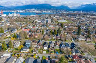"Photo 8: 2142 NAPIER Street in Vancouver: Grandview Woodland House for sale in ""Grandview Woodland"" (Vancouver East)  : MLS®# R2450268"