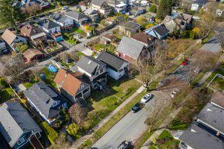 "Photo 15: 2142 NAPIER Street in Vancouver: Grandview Woodland House for sale in ""Grandview Woodland"" (Vancouver East)  : MLS®# R2450268"