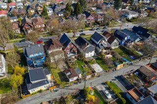 "Photo 12: 2142 NAPIER Street in Vancouver: Grandview Woodland House for sale in ""Grandview Woodland"" (Vancouver East)  : MLS®# R2450268"